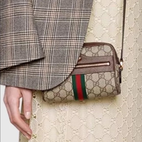 f413f0d0dd Gucci Handbags - Vintage Gucci Anniversary Collection Shoulder 💼